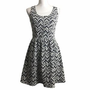 Collective Concepts Stitch Fix knit dress. Small